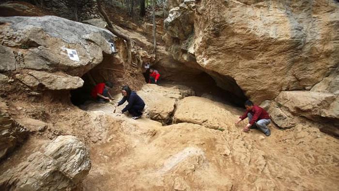 河南栾川龙泉洞遗址发现3万至4万年前古人类用
