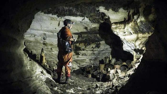 """墨西哥""""巴尔玛库""""古玛雅洞穴历经一千多年保存完好"""
