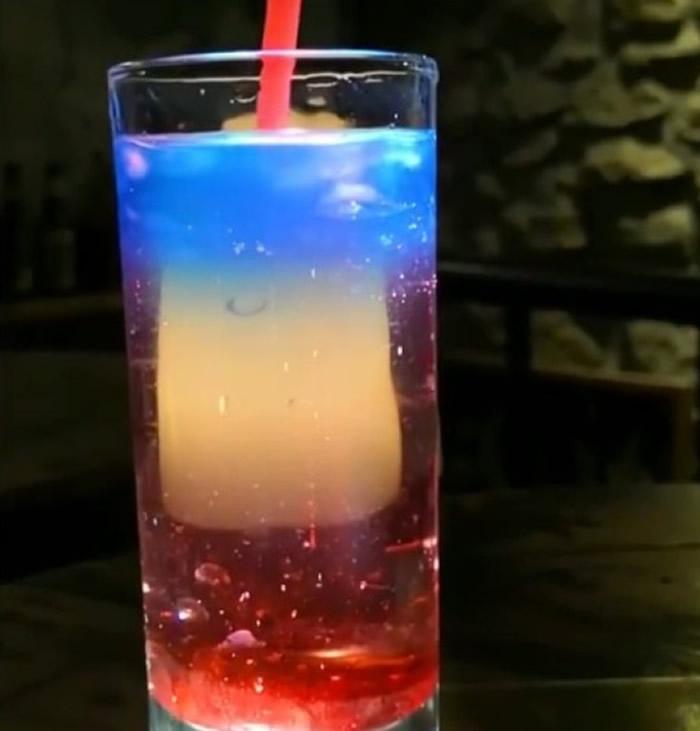 王小磊称,研究灵感来自于鸡尾酒。