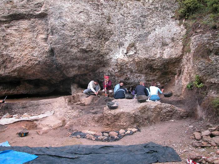 伊比利亚人8000年的基因组变化史