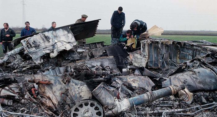"""1999年3月27日塞尔维亚人如何击落美国不可一世的""""夜鹰""""F-117隐身战斗机?"""