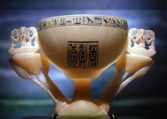 图坦卡门的许愿杯极为精美。