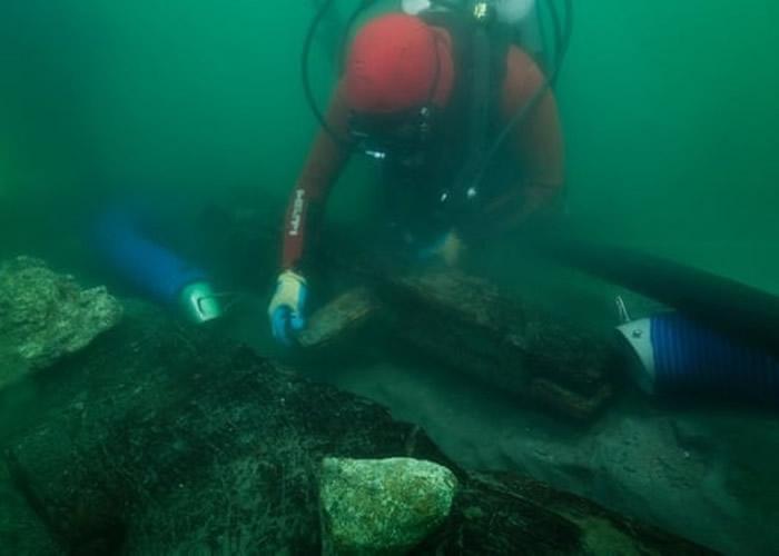 英国考古团队在埃及沉没古城伊拉克利翁海底发现古船残骸 与希罗多德所记载驳船巴利斯脗合