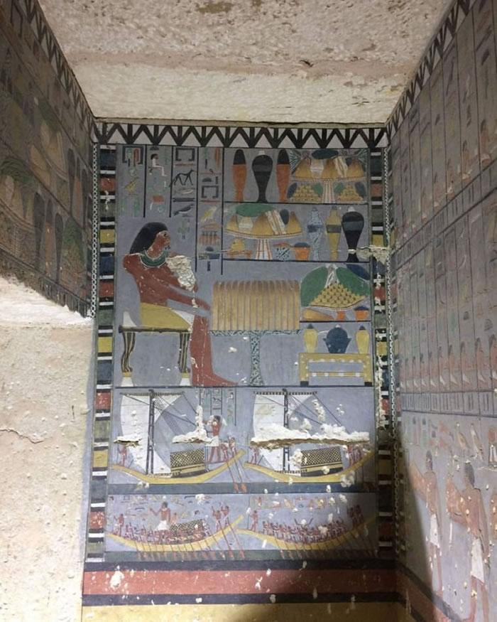 埃及萨卡拉墓地发现高级官员和法老杰德卡拉妻子的被盗墓穴