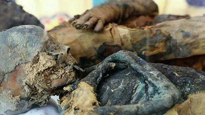 埃及发现托勒密王朝时期的一对夫妻墓