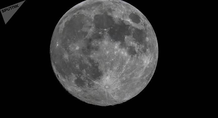 """以色列总理内塔尼亚胡在""""创世纪""""号航天器出现事故后承诺两三年后再次尝试登月"""