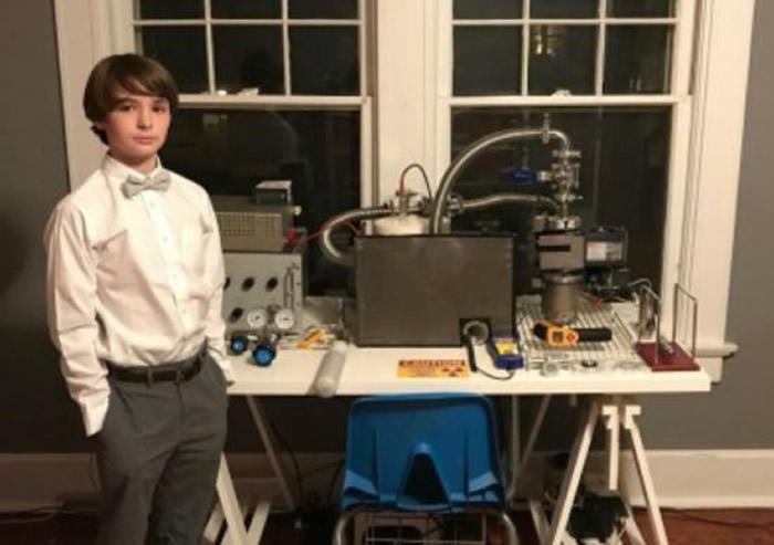 美国田纳西州14岁少年Jackson Oswalt打破世界纪录 制造出核融合实验反应炉