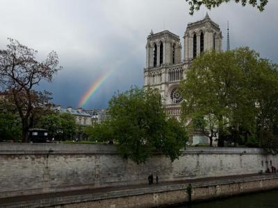 国家地理档案中的16张巴黎圣母院老照片