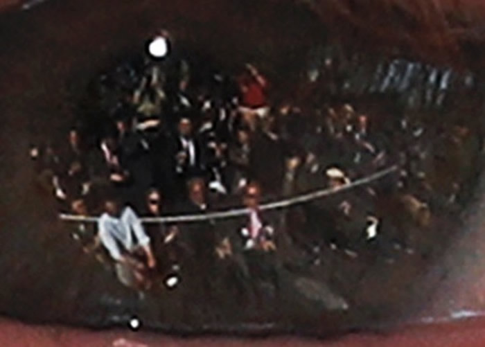 特朗普眼中的记者团放大图。