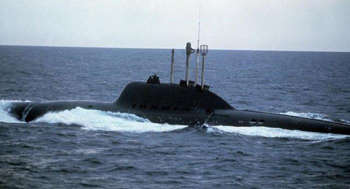 """独一无二的苏联水下杀手:705型""""七弦琴""""核潜艇首艇K-64""""阿尔法"""""""