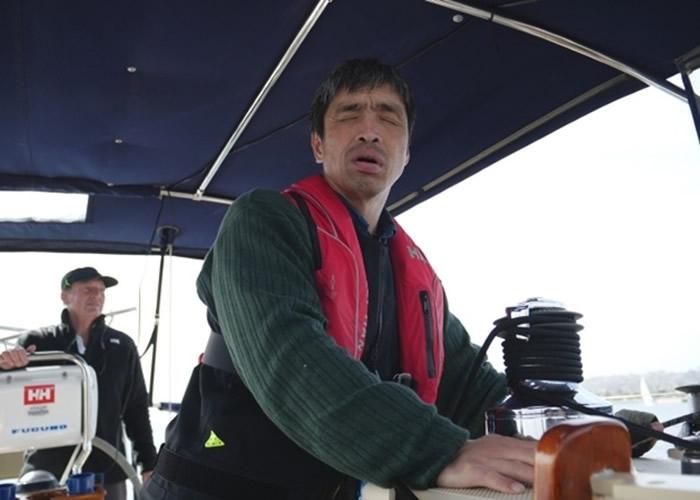 美国出发历时2个月 日本失明水手岩本光弘横跨太平洋成全球首例