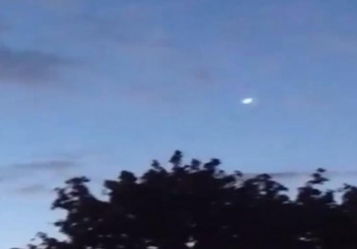 美国海军开始草拟新措施让机师按程序向上级汇报任何UFO目击报告