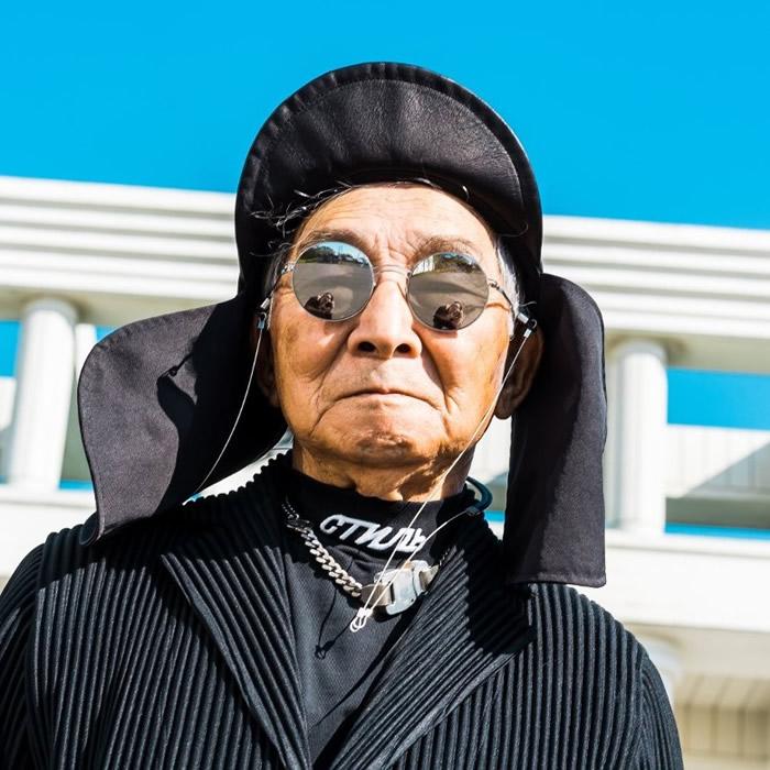 SLVR.TETSUYA爷爷的IG户口版头相,也是一样充满潮味。