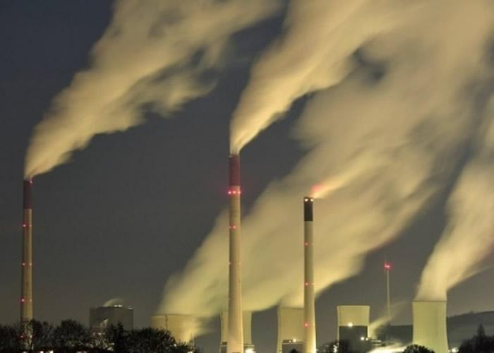 大气二氧化碳浓度超越415ppm 科学家:人类史上首见