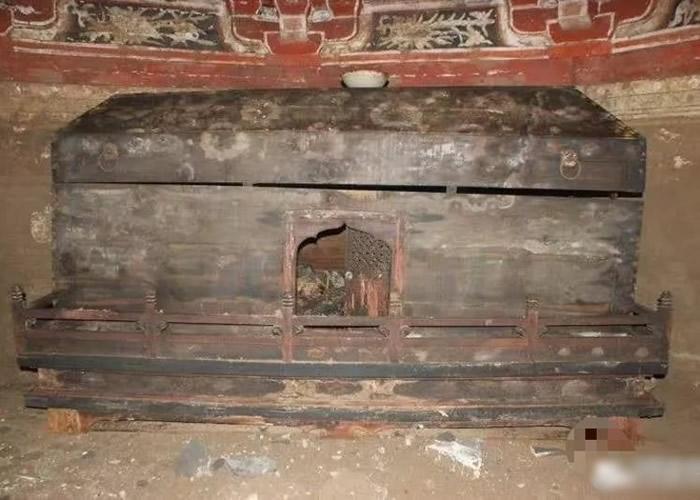 山西晋中寿阳县建筑工地掘出金代古墓 壁画棺椁罕有保存完整