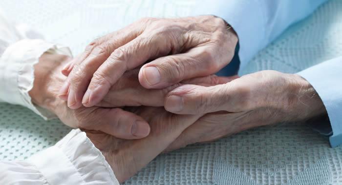 美国迈阿密大学科学家:有助于长寿的主要基因程序不会超过中年