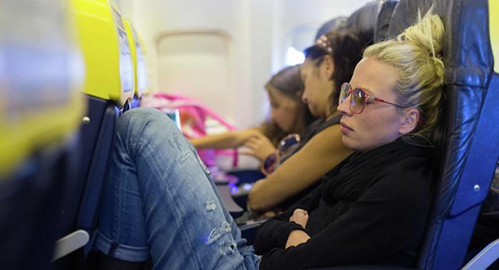 经常坐飞机的后果:DNA变化和皮肤干燥