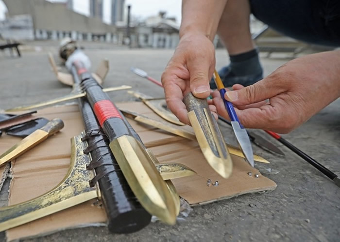 毛乃民对各种兵器都有研究。