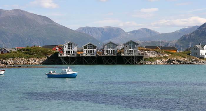 """挪威颂玛雷岛居民计划宣布该岛为世界上首个""""无时间区"""""""