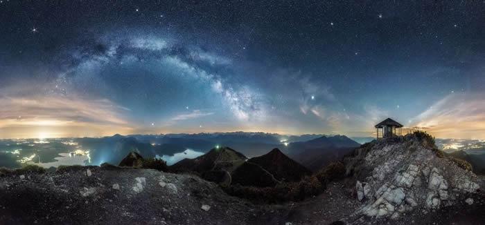 德国摄影师Nicolai Brügger的作品Road to glory© 照片: NICOLAI BRüGGER /INSIGHT ASTRONOM