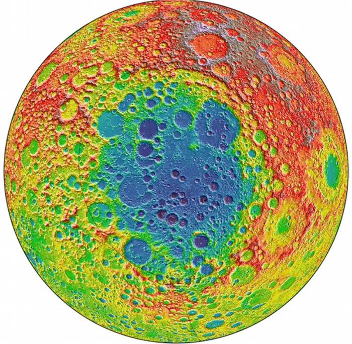 这张影像是根据美国航天总署(NASA)月球勘测轨道飞行器(Lunar Reconnaissance Orbiter,LRO)的数据所绘制,显示出月球背面坑坑疤疤