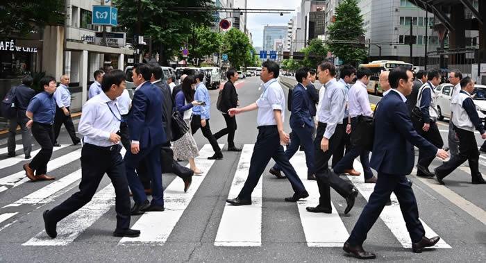 现代日本人的历史始于2500年前 是原住民绳文人和朝鲜半岛来的弥生人数次混血而来