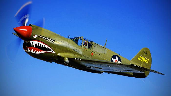 二战P-40战鹰式战斗机