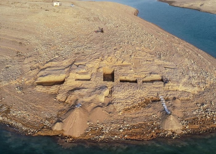 伊拉克库尔德自治区的摩苏尔大坝干旱 3400年前米坦尼王国宫殿重见天日