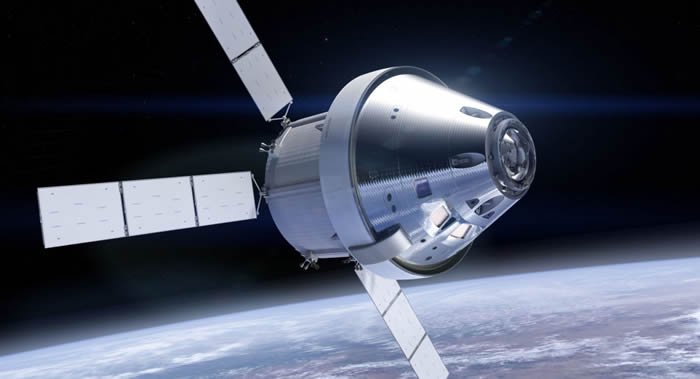 """美国国家航空航天局(NASA)成功测试""""猎户座""""(Orion)载人飞船的逃生系统"""