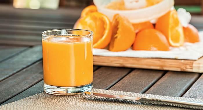 《医疗快递》杂志:新研究表明含糖饮料和果汁会大大增加患癌症的风险