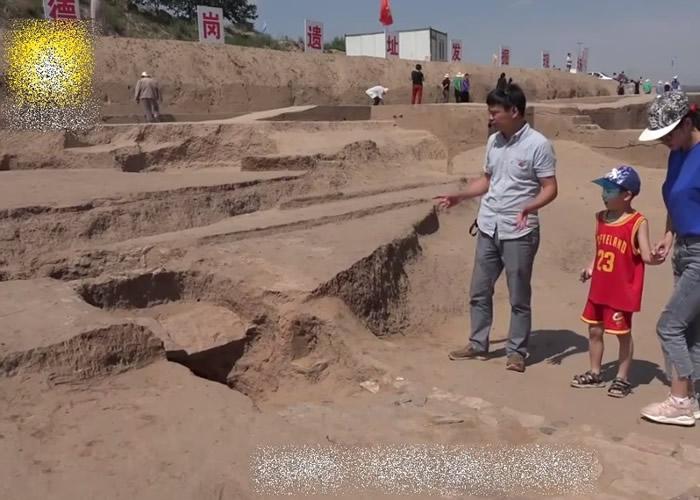专家称,该处房址或属古人举行仪式的地方。