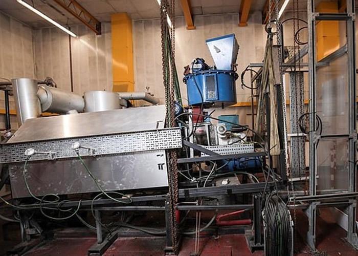 切斯特大学的高温转化仪器。