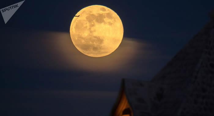 """美苏""""月球竞赛""""帮助科学家们获得目前已知的95%的月球数据"""