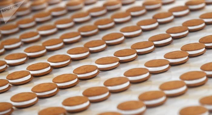 南澳大学实验发现吃饼干和苏打饼干比吃像三明治那样的食物更适合上夜班的人