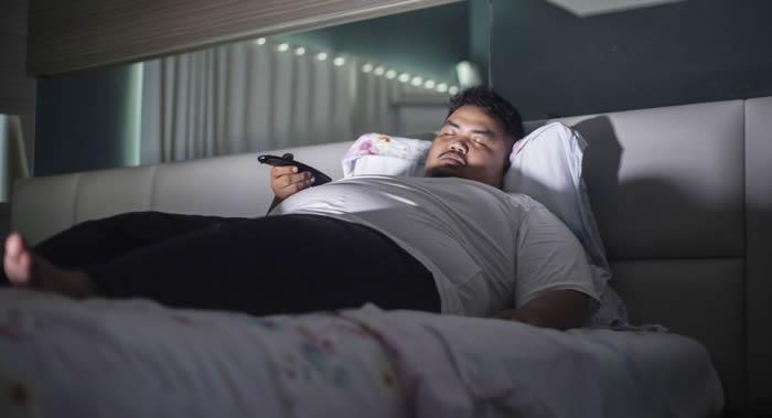 《行为医学》杂志:美国伊利诺伊大学研究人员发现心态不同的人睡眠质量存在的差异