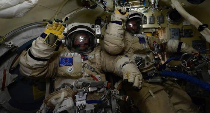 俄罗斯新航天服预计将首次用复合材料制造