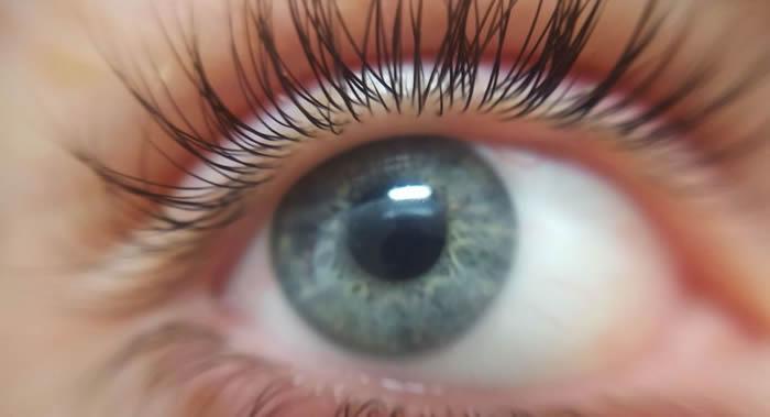英国专家介绍确定眼睛缺少维生素B12的办法