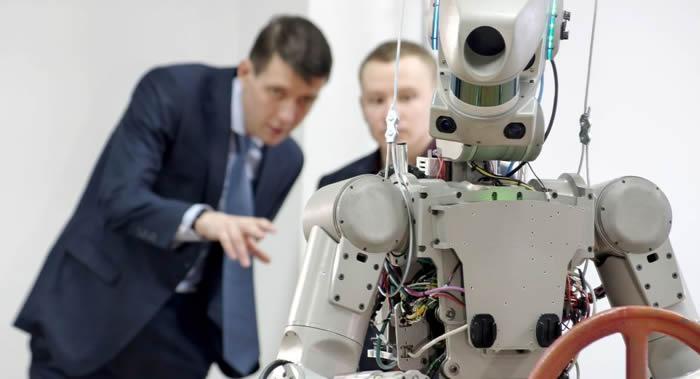 美国国家航空航天局艾姆斯研究中心科学家:机器人的使用将对提高人类探索太空的能力