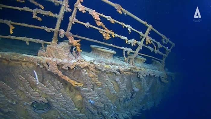 """美国科考潜水员称海底的""""泰坦尼克""""号受损程度惊人"""