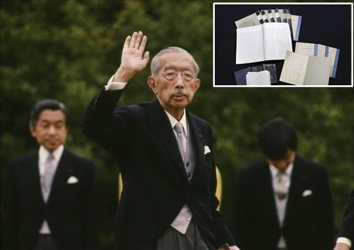 笔记(小图)记载,裕仁(中)曾在战后希望表达对二战的悔恨及反省。