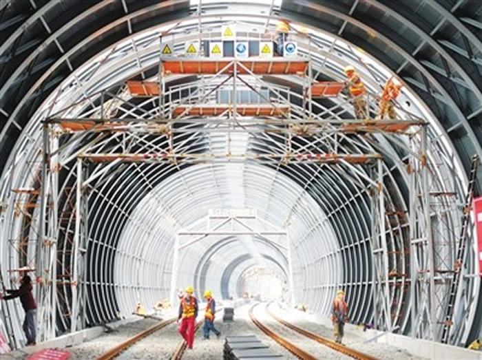 """江湛高铁为保护""""小鸟天堂""""耗资1.8亿建造全球首条""""高速铁路全封闭隔音隧道"""""""
