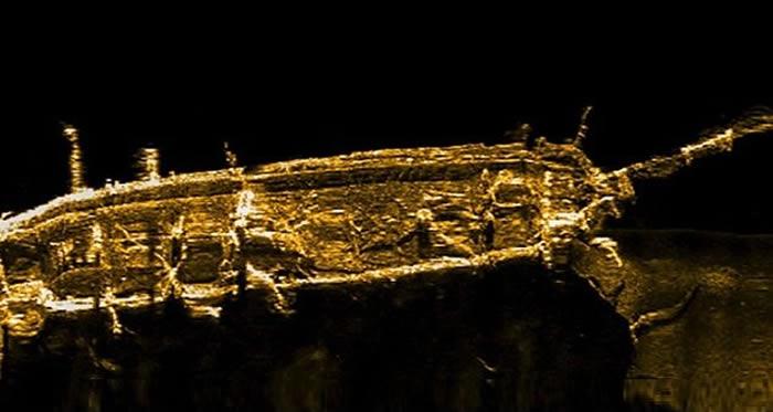"""世纪谜船!19世纪英国战舰""""恐怖号""""(HMS Terror)海底身影曝光 沉船前爆发人吃人悲剧"""