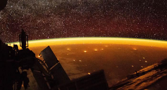 """研究地球大气中瞬时发光的""""紫外线大气层""""望远镜将由""""联盟MS-14""""飞船送至国际空间站"""