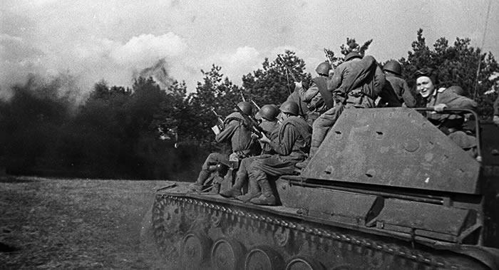 俄罗斯国防部解密第二次世界大战罕见文件 提到来自波兰的威胁