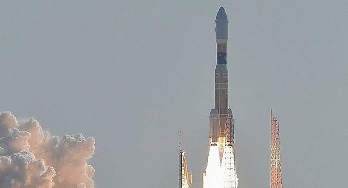 """发射平台起火 日本飞向国际空间站的HTV货运飞船(""""白鹳""""号)发射被推迟"""