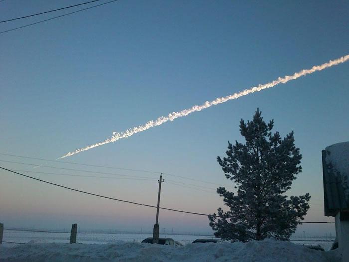 2013年2月,流星击中了俄罗斯车里雅宾斯克市,这是自1908年发生通古斯卡事件以来地球上发生的最大规模、最猛烈的天体撞击事件
