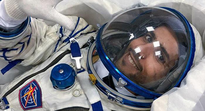 国际空间站的阿联酋首位宇航员哈扎·曼苏里:在太空他的身体发生了变化