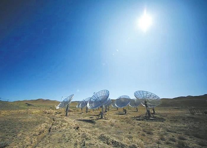 走访戈壁沙漠中科院国家天文台红柳峡观测站 王有刚研究员:我信外星人存在