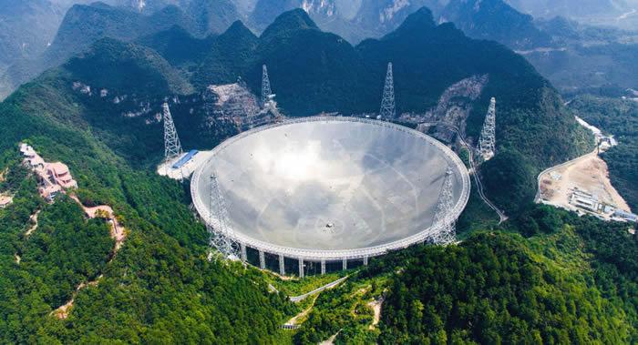 南京大学黄永锋教授:快速射电暴会是外星生命星际航行的光帆信号吗?
