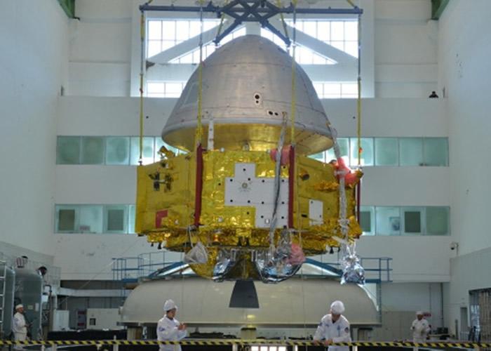 中国研制的火星探测器首度公开 料明年正式发射